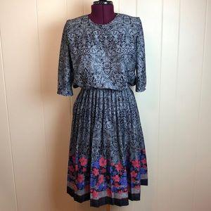 Vintage 70s Black White Disco Dress Pleated Skirt